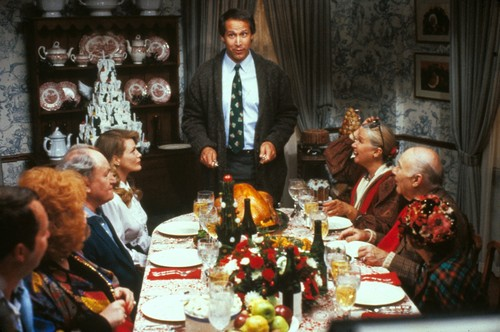 National Lampoons ChristmasVacation wallpaper probably with a business suit, a bouquet, and a dinner table called National Lampoon's Christmas Vacation