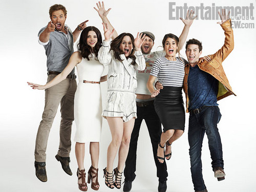 New Entertainment Weekly portraits of the BD Part 2 cast سے طرف کی Michael Muller.