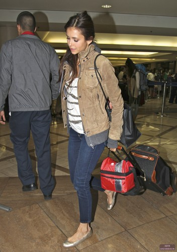 Nina @ LAX Airport on Sunday (July 8)