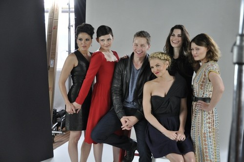 Once Upon A Time images OUAT Cast - Comic-Con wallpaper and background photos