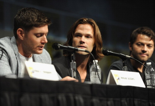 Panel at Comic-Con International 2012 - July 15th 2012 - jensen-ackles Photo