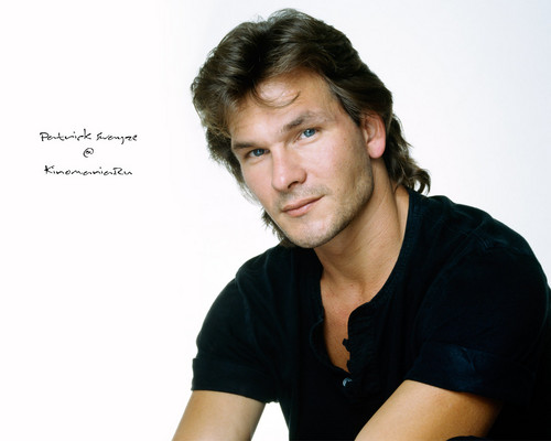 Patrick Swayze wallpaper probably with a portrait entitled Patrick Swayze