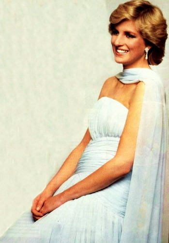 Princess Diana And Her Dresses