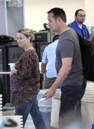Reese Witherspoon and Jim Toth Catch an LAX Flight