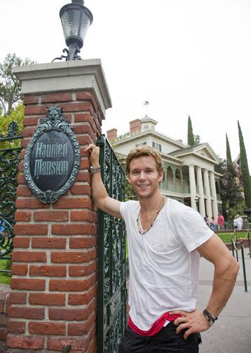 Ryan Kwanten Visits Disneyland