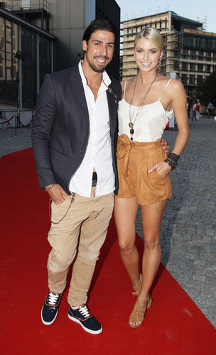 Sami Khedira and girlfiend Lena - real-madrid-cf Photo