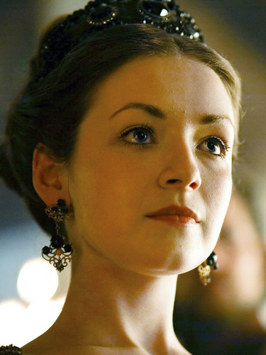 Sarah Bolger is OUAT's Sleeping Beauty!