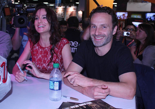Sarah Wayne Callies and Andrew линкольн