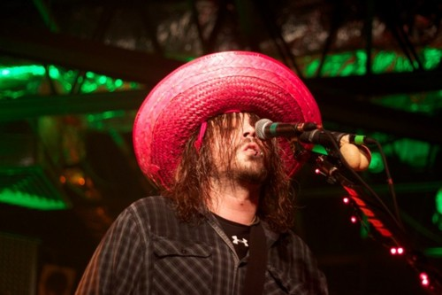 Seether wallpaper containing a snap brim hat, a sombrero, and a campaign hat titled Shaun Morgan