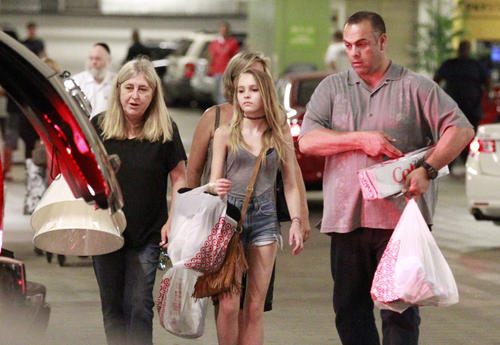 Shopping at Sunset Plaza in Los Angeles, Calif. on Sunday 08.07.2012