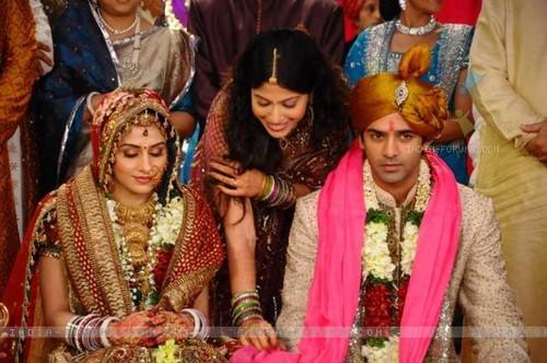 Shravan and Sanchi wedding from Baat Hamari Paaki Hai.