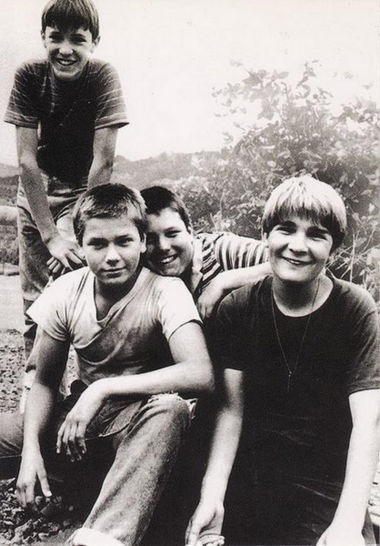stand by me Stand by me is the 1986 american coming of age drama film adaptation of stephen king's the body it was written by raynold gideon and bruce a evans and directed by rob reiner.