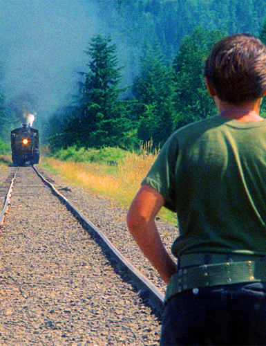 Stand By Me wallpaper with a carriageway and a railroad tunnel titled Stand By Me