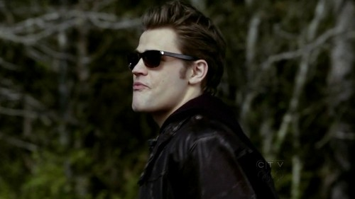 TV Male Characters wallpaper containing sunglasses titled Stefan Salvatore
