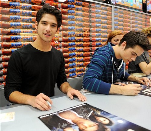 Teen Wolf' Booth Signing at Comic Con - 13.07.12
