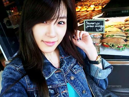 Tiffany Hwang fondo de pantalla containing a barbecue titled Tiffany
