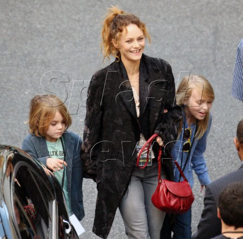 Vanessa Paradis, Lily-rose and Jack in L.A. 01/30/2010