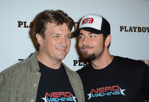 Zachary Levi with Nathan Fillion at Comic Con 2012