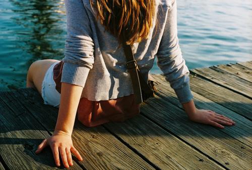 Фото на озере девушек на аву