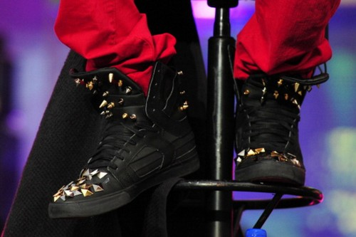 bieber,look my shoes