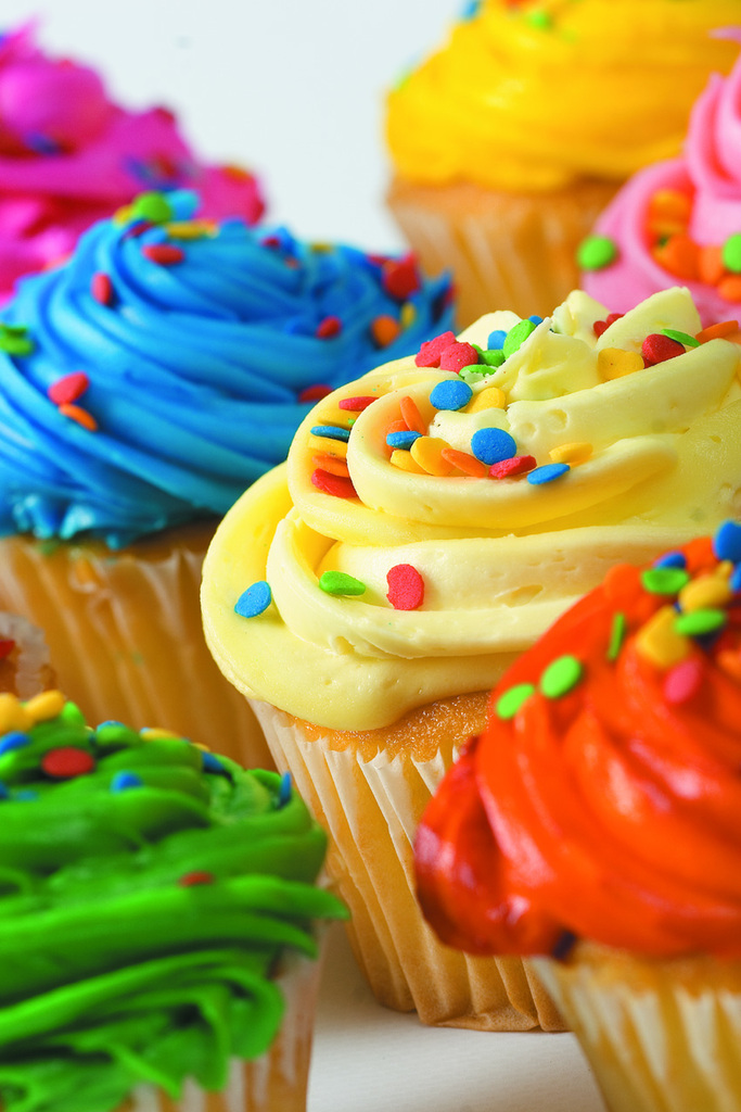 Sprinkle Cakes And Cupcakes