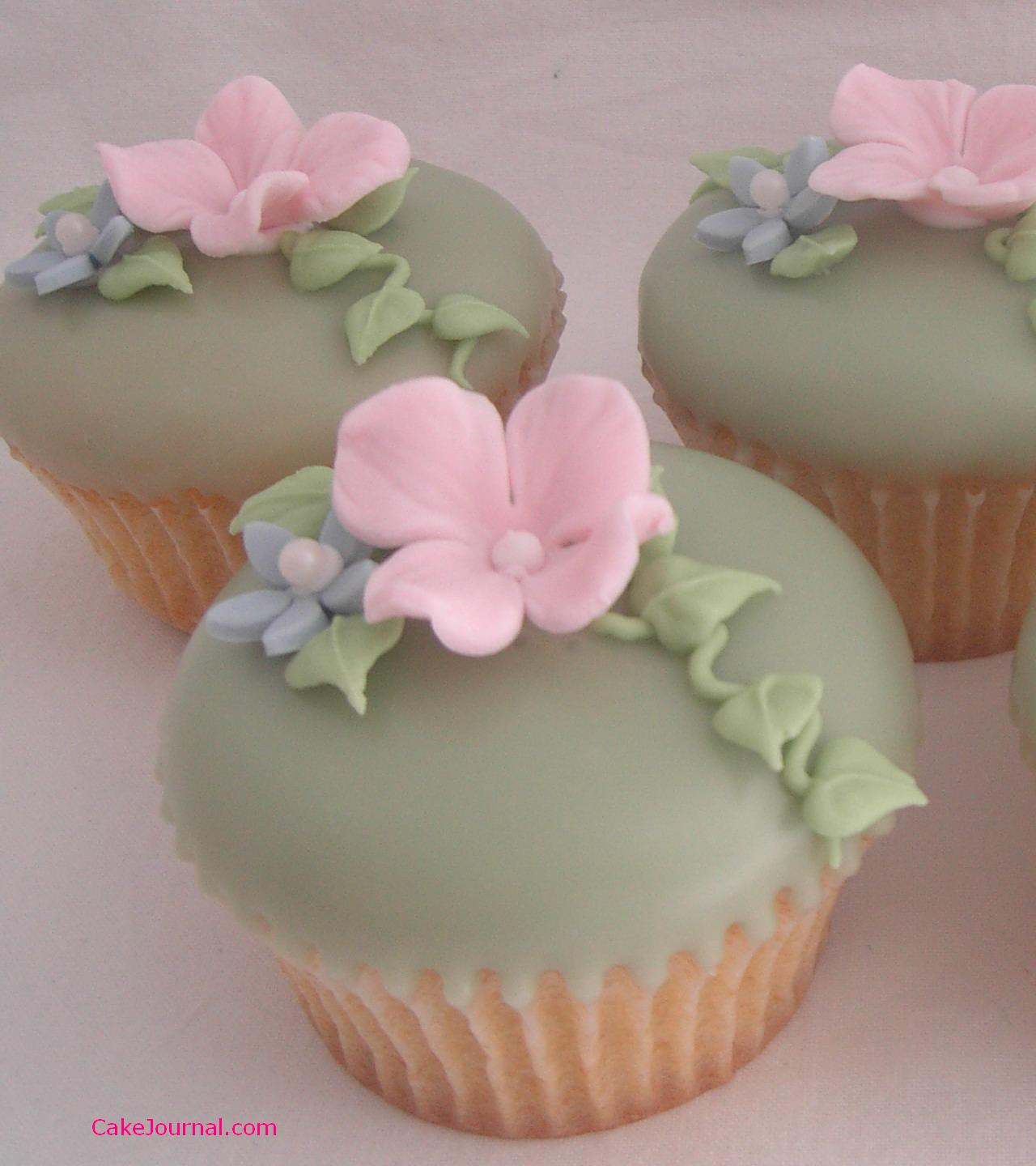 working with fondant icing