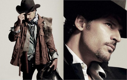 Joe Manganiello wallpaper with a fedora, a boater, and a campaign hat called joe