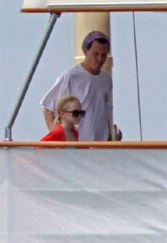 lily rose depp and family in porto rico
