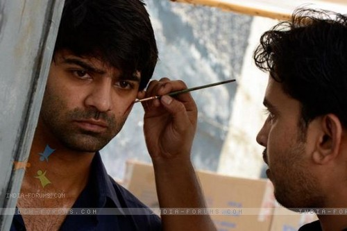 on the set of Iss Pyaar ko kya naam doon - barun-sobti Photo