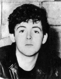 Paul McCartney kertas dinding possibly with a portrait entitled very young paulie <3