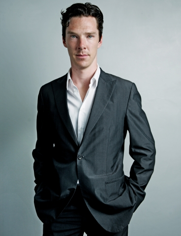 Benedict Cumberbatch wallpaper containing a business suit, a suit, and a double breasted suit entitled  Benedict Cumberbatch