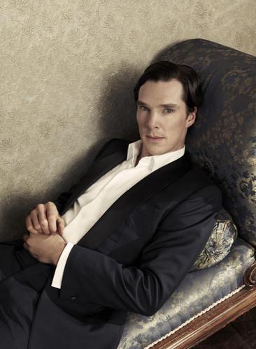 Benedict Cumberbatch kertas dinding containing a business suit and a suit titled Benedict Cumberbatch