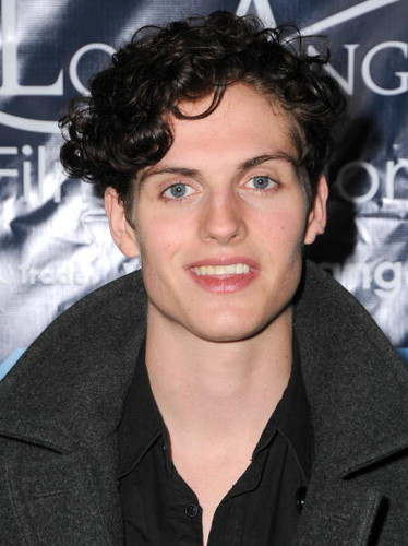 Daniel Sharman fond d'écran containing a portrait entitled Daniel Sharman