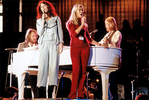 ABBA wallpaper with a concert titled ABBA