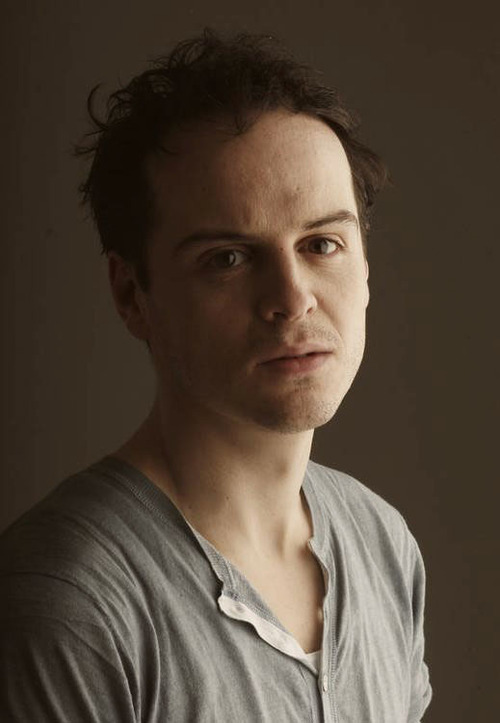 http://images5.fanpop.com/image/photos/31500000/Andrew-andrew-scott-31527901-500-723.jpg?1343985094801