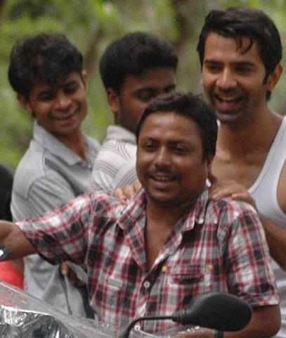Barun -On set of IPKND - iss-pyar-ko-kya-naam-doon Photo
