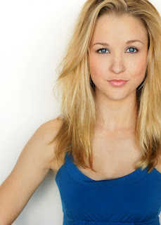 Boy meets world Lily Nicksay now