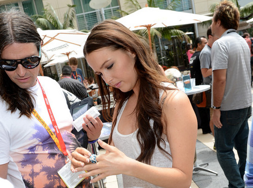 Camilla at the WIRED Cafe for SDCC 2012