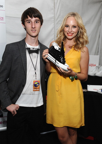 Candice attends 日 2 of Backstage Creations Celebrity Retreat at the TCAs {22/07/12}.