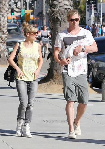 Chris Hemsworth and Elsa Pataky Take Baby India on a Walk