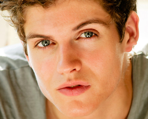 Daniel Sharman wallpaper possibly with a portrait entitled Daniel Sharman