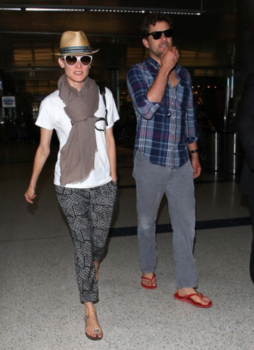 Diane - And Joshua Jackson Touch Down At LAX - June 01, 2012
