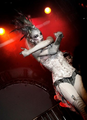 Emilie Autumn wallpaper with a concert titled Emilie Autumn