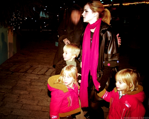 Emma's Siblings - Emma Watson Photo (31530545) - Fanpop