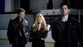 Erica/Derek/Isaac (2x03)