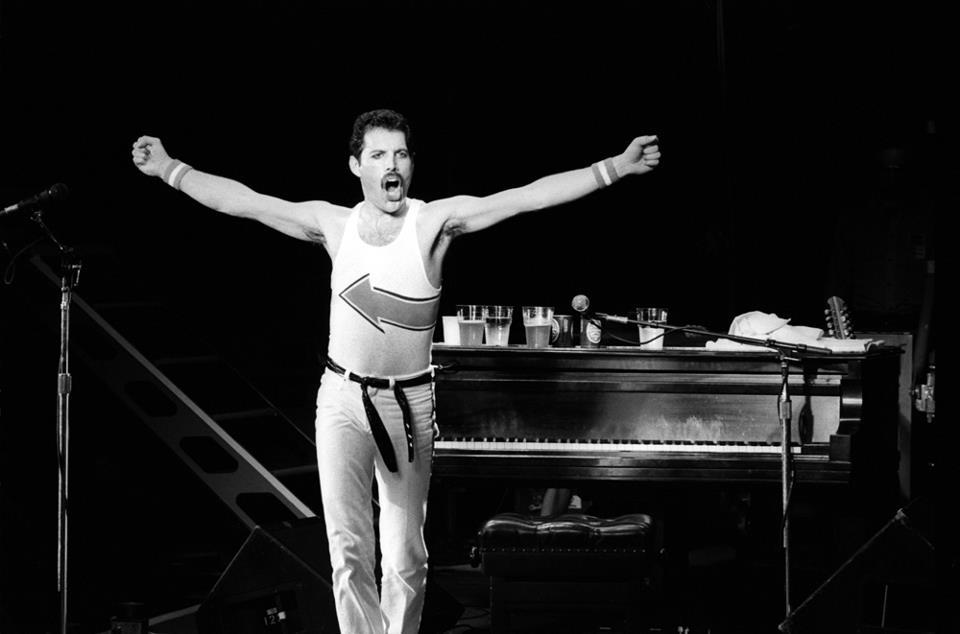 Галерия Фреди - Page 2 Freddie-Mercury-freddie-mercury-31584882-960-634