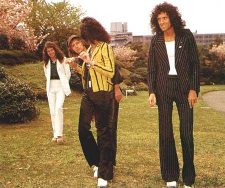 Freddie in Japan 1975