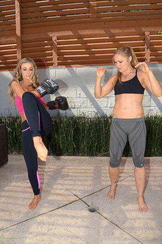 Gets A Workout From Ronda Rousey In Los Angeles [24 July 2012]