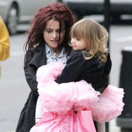 Helena with her daughter Nell<3