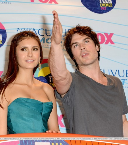 Ian/Nina HQ ღ - ian-somerhalder-and-nina-dobrev Photo